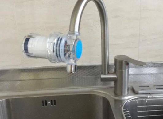 想提升水质怎么办?购买净水器要技巧,三步骤帮你解决难题
